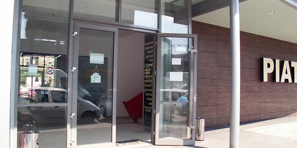 Uși din aluminiu